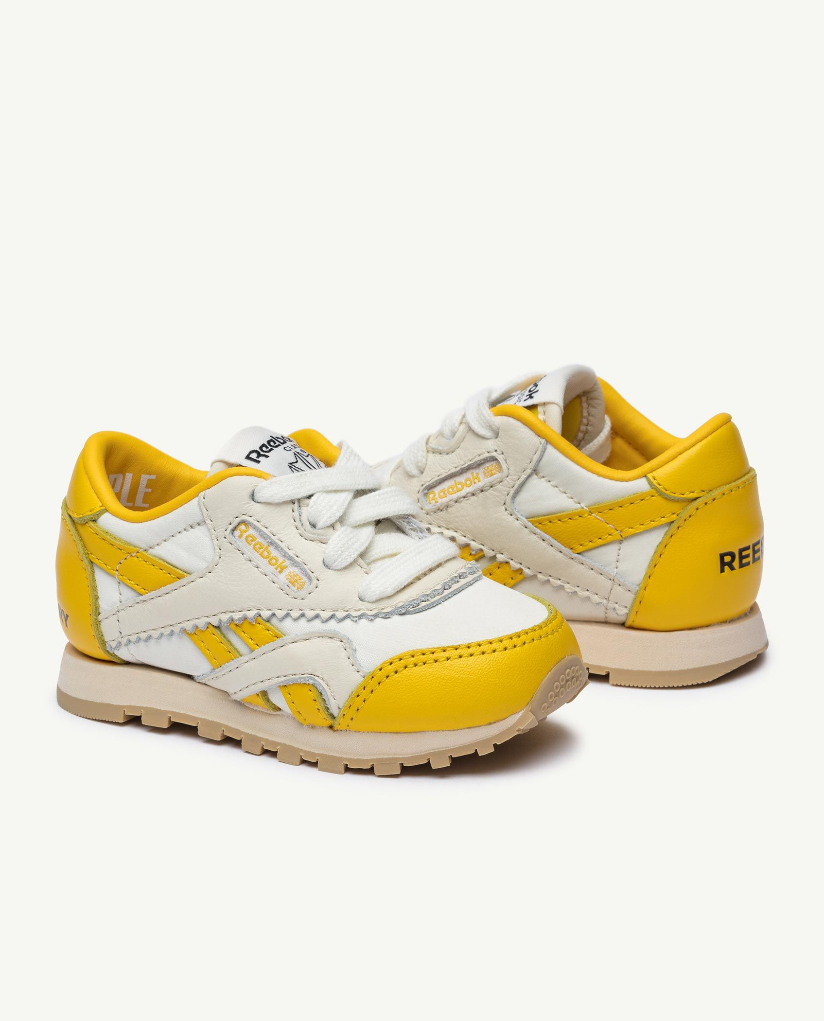 Reebok x The Animals Observatory Classic Nylon Yellow Baby img-3