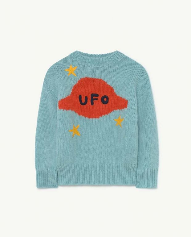 Soft Blue Space Bull Knit